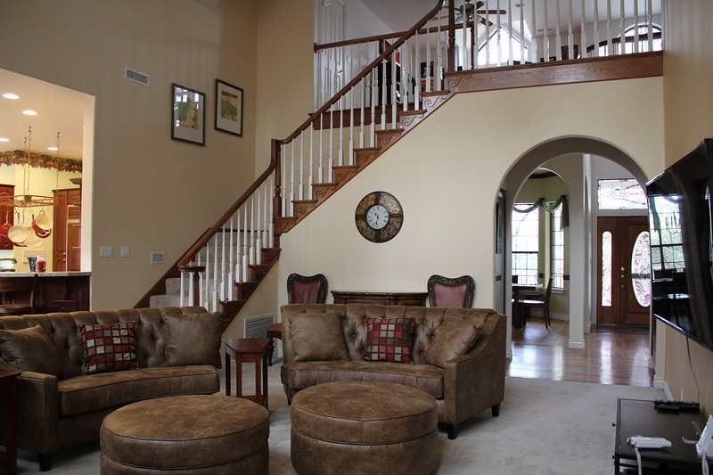 Kashmir: Luxury home w/ac in the Country Club area, holiday rental in Flagstaff