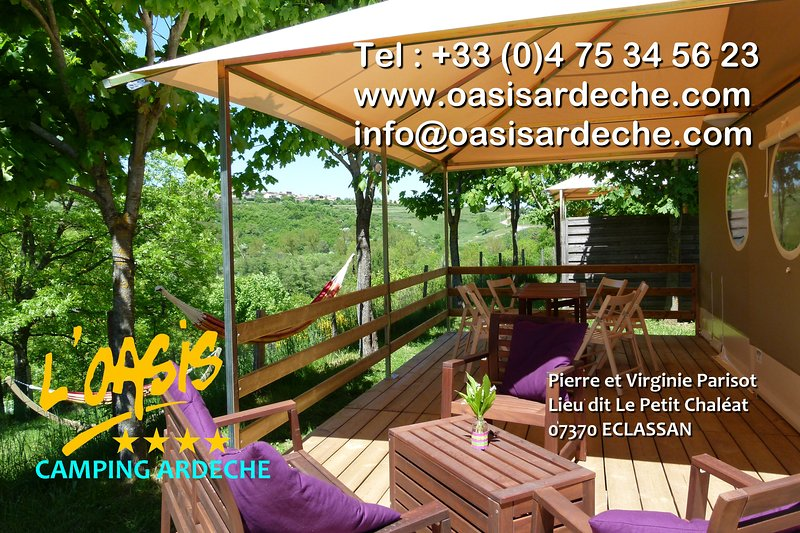 Chalet club,piscine et rivière - Camping Sites et Paysages l'Oasis., holiday rental in Saint-Uze