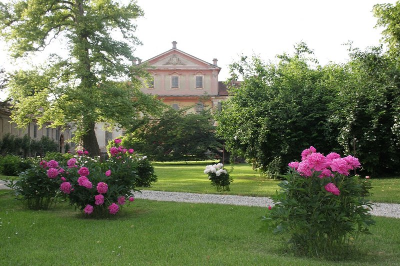Scuderie I Berroni - Ribot, vacation rental in Cavour
