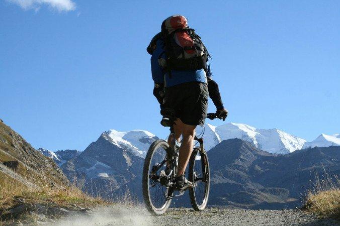 Mountain biken in Livigno