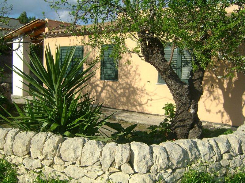 Villa Mandorlo, casa vacanza a Calabernardo