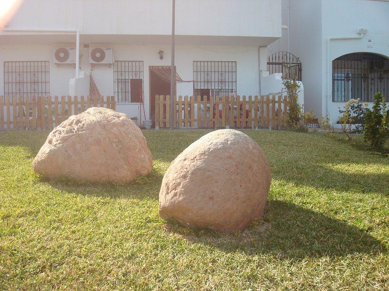 apartamento 3 hab bajo con terraza y piscina vera colina 28C, holiday rental in Vera