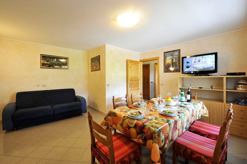 Rododendro, holiday rental in Trepalle