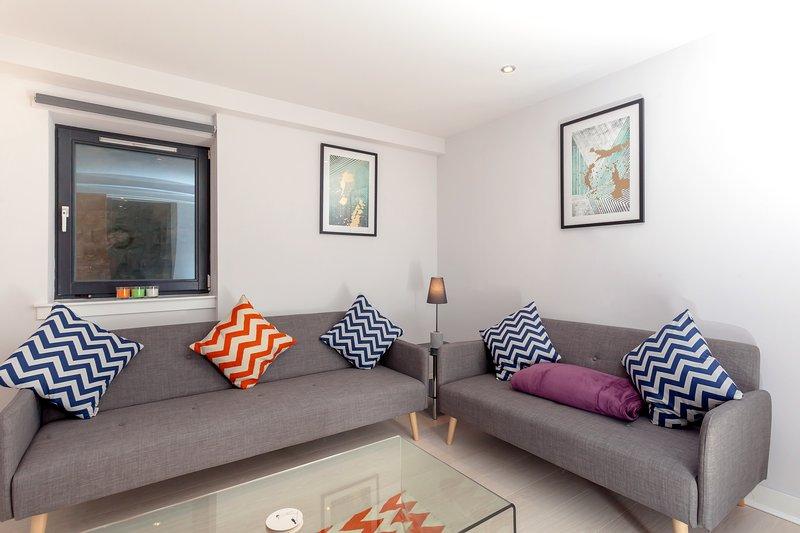 Living Room Photo 1