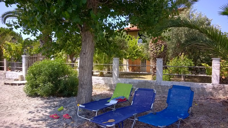 Accommodation on the beach on Corfu island-4 beds, vacation rental in Corfu