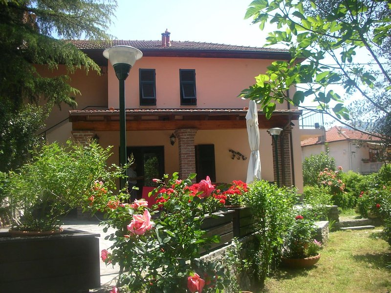 Appartamento 'Sweet CASELLE', holiday rental in Province of Savona
