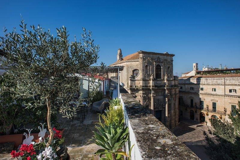Attico 14 - vista su Piazza Vittorio Emanule e Chiesa Santa Chiara