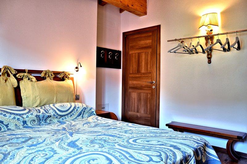 B&B Casa Francesca - Camera Matrimoniale, holiday rental in Gardone Riviera