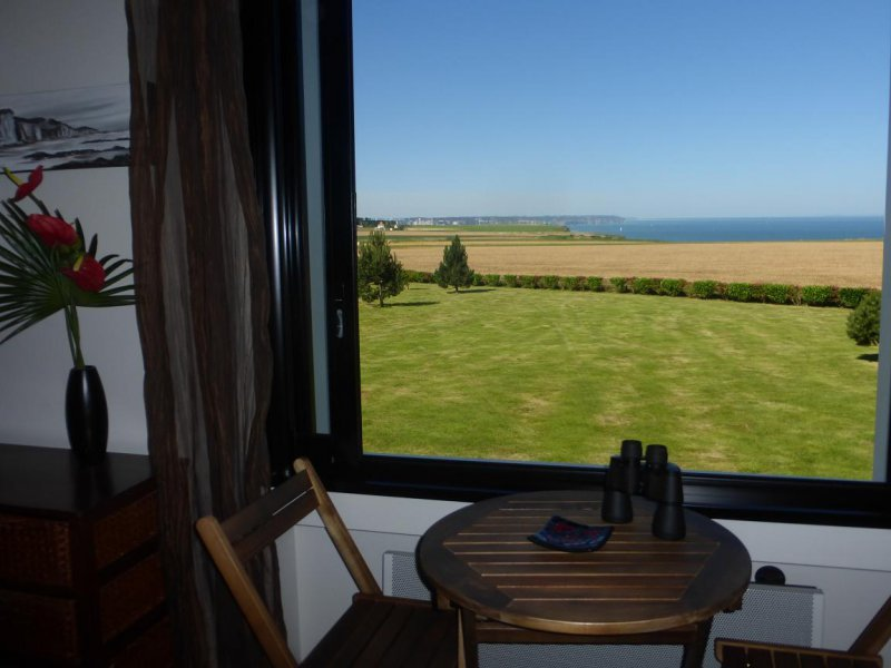 poppy room, open sea view and on the cliffs