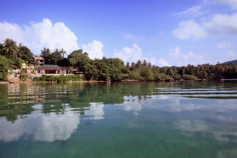 Mermaid Villa, Sea front villa, large infinity pool, 5 bedrooms, peaceful area, vakantiewoning in Ang Thong