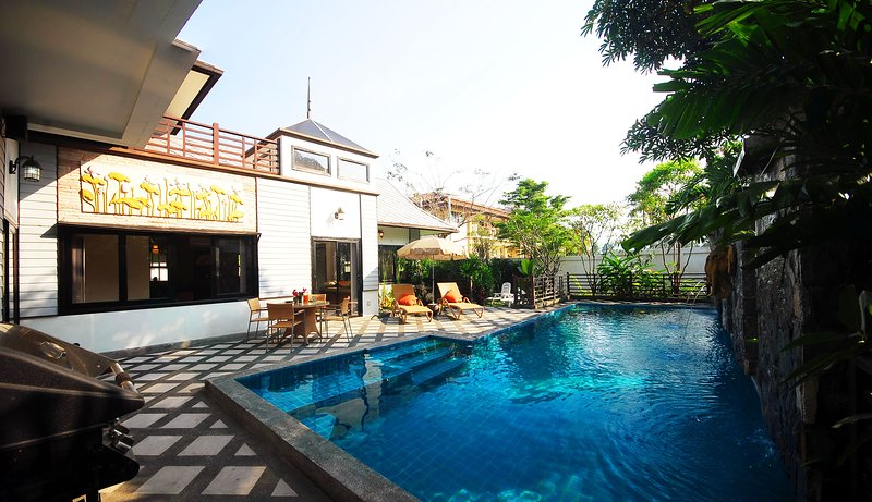 POOL VILLA IN THE HEART OF CHAWENG WITH FITNESS ROOM AND BILLIARD TABLE, location de vacances à Chaweng