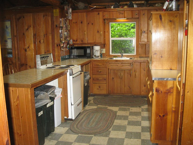 Kitchen with all appliances that you would need.