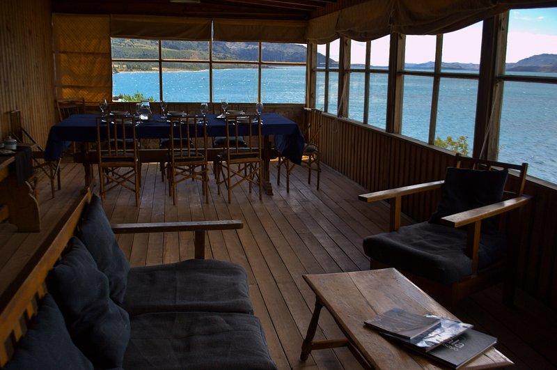 Casa de Huéspedes en Puerto Cristal, location de vacances à Puerto Rio Tranquilo