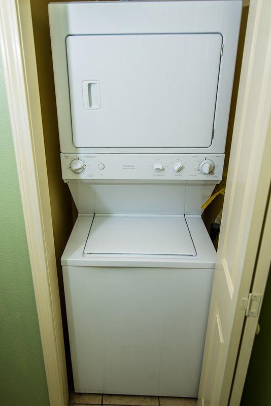 Washer/Dryer in Suite