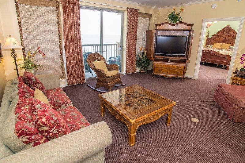 Living Room (Oceanfront w/Balcony Access
