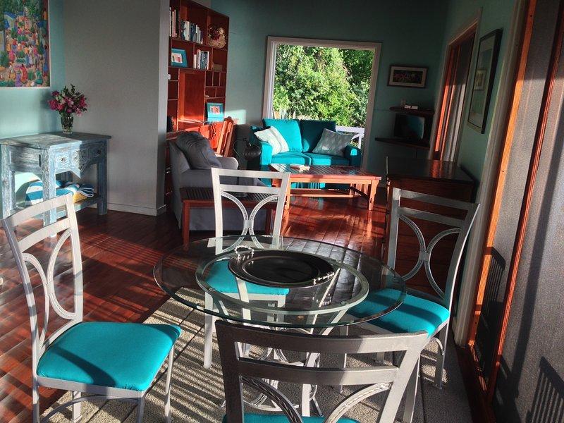 upper villa dining and living room