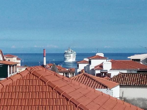 LADEIRA CENTRO SEA VIEW