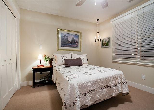 Dormitorio con doble