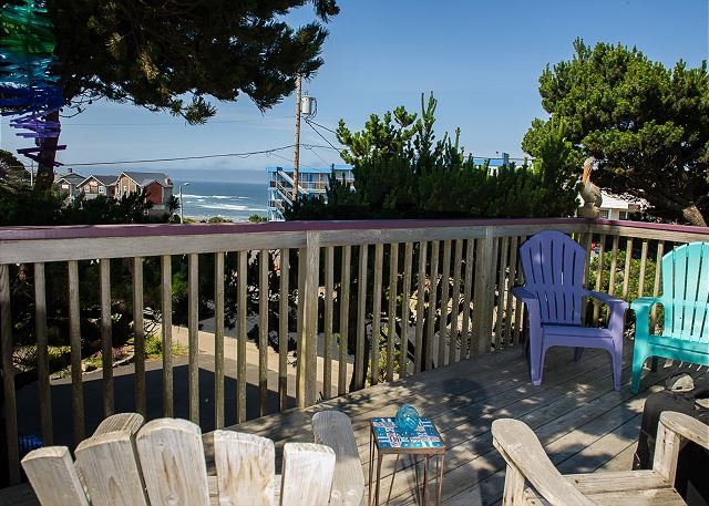 The ideal house for your family canine companion with beach access!, holiday rental in Lincoln City