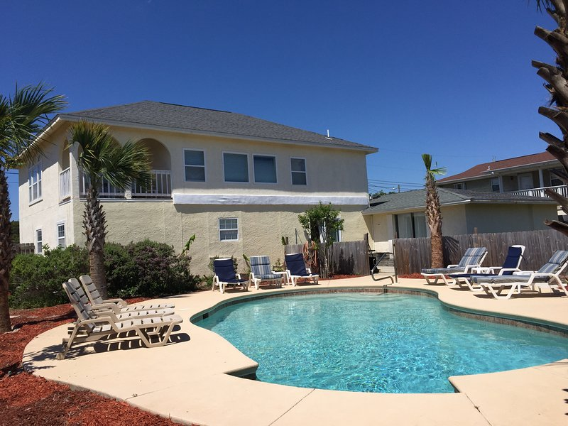 West PCB/Laguna Beach 6Bed/4Bath Private Pool, alquiler de vacaciones en Carillon Beach