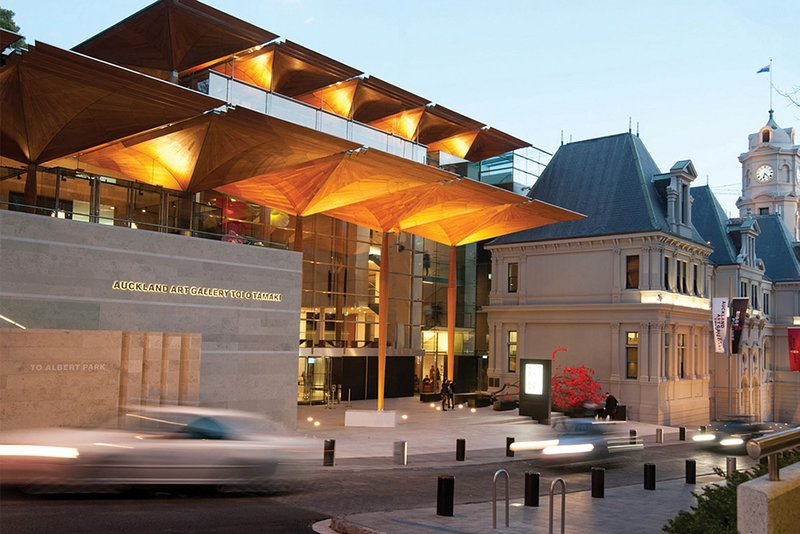10min walk to the Auckland Art Gallery Toi o Tamaki.