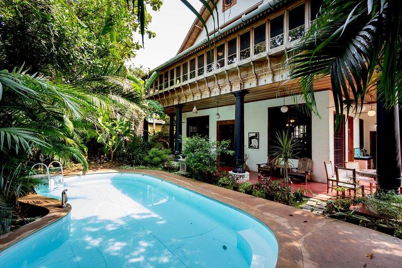 Marigold Villa is a glorious, modern architect-designed Kerala house in Fort Kochi, Cochin, Kerala.
