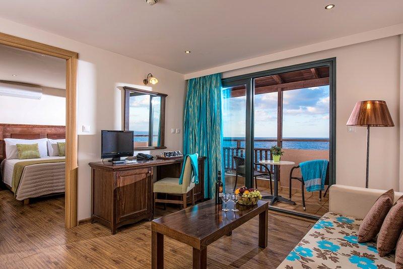 Koutrakis Suites, holiday rental in Epano Sisi