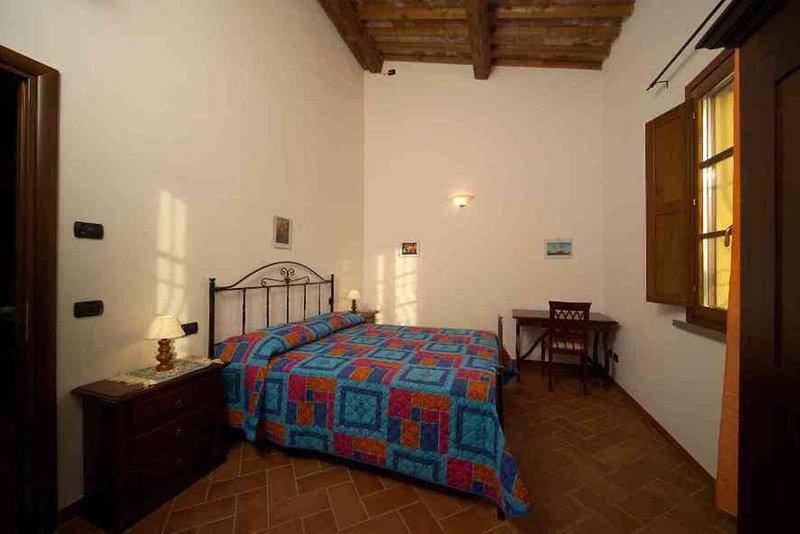 MIMOSA - appartamento Vacanze in Provincia di Pisa, alquiler vacacional en Calcinaia