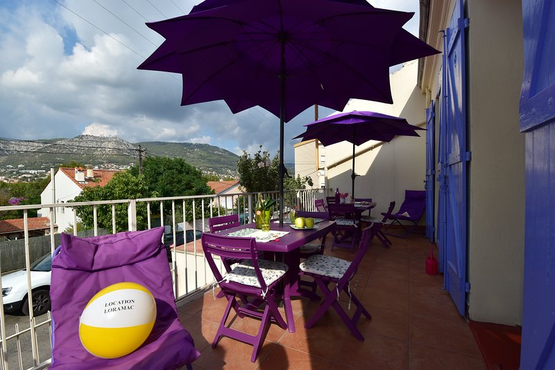 Villa Loramac 8 personnes, holiday rental in Toulon