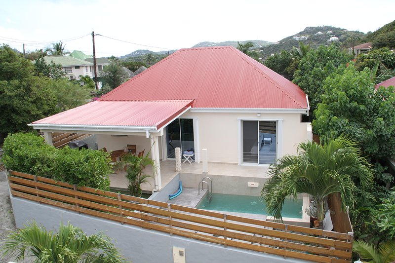 Lovely Villa Rose des cayes 1 BR with private pool., holiday rental in Anse des Cayes