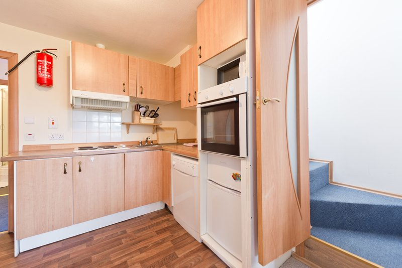 Drimnagh  3 Bed - Beside Luas Blackhorse Station, holiday rental in Dublin