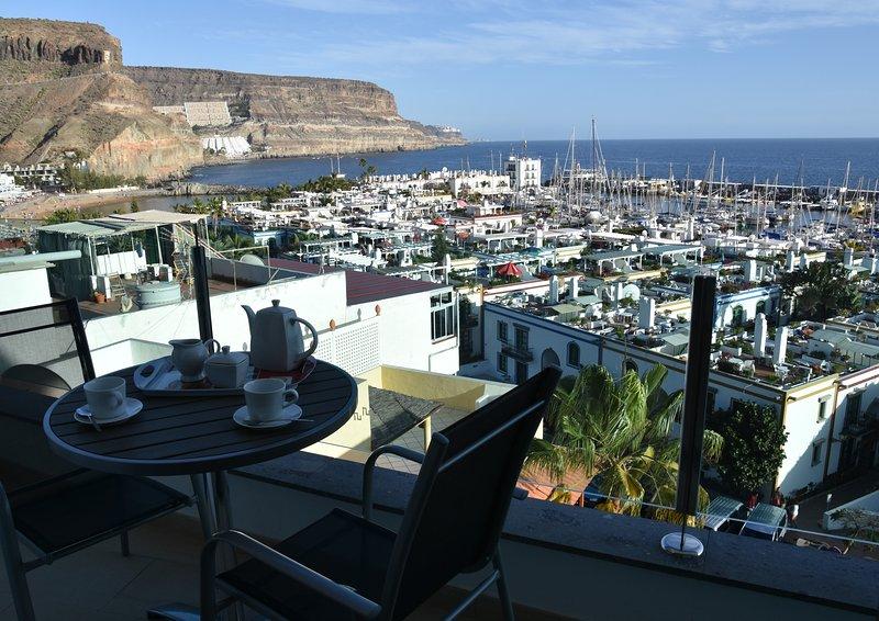 Apto. 1ºA  'Espectaculares vistas al mar y a la marina del Puerto de Mogán', alquiler de vacaciones en Puerto de Mogán
