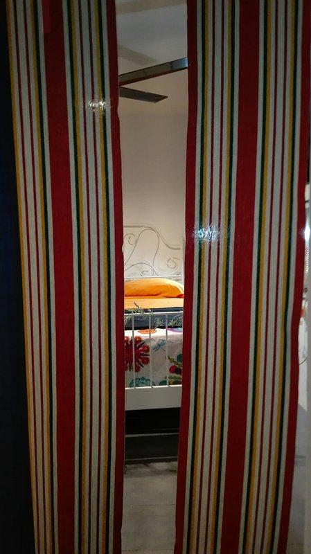 Master-Schlafzimmer aus dem Hinterhof