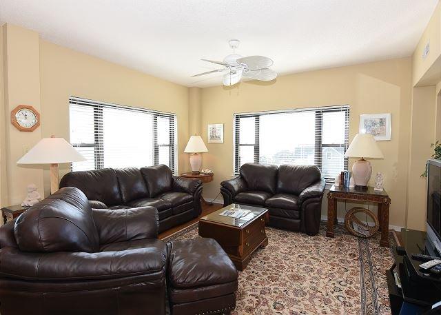 Duneridge 1401 Living Room