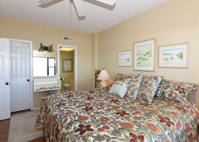 Duneridge 1401 Master Bedroom