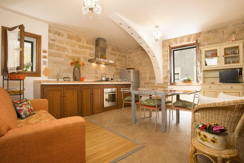 Apartment  RUBY on via Cavour, Alghero Old Town Restored with respect of tradition