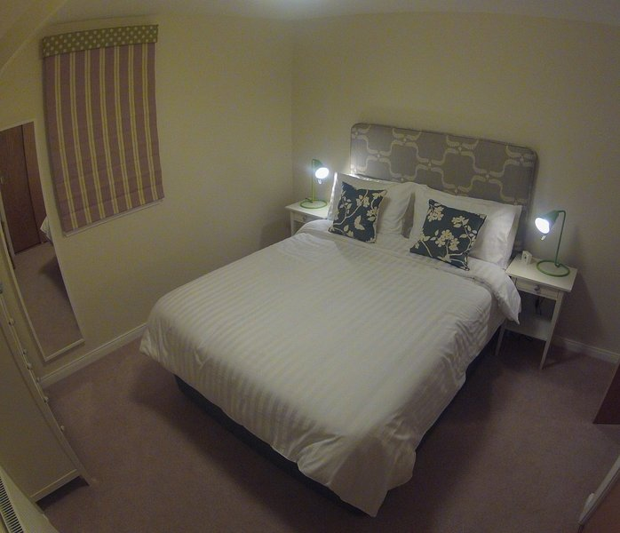 quarto andar de cima (cama king size)