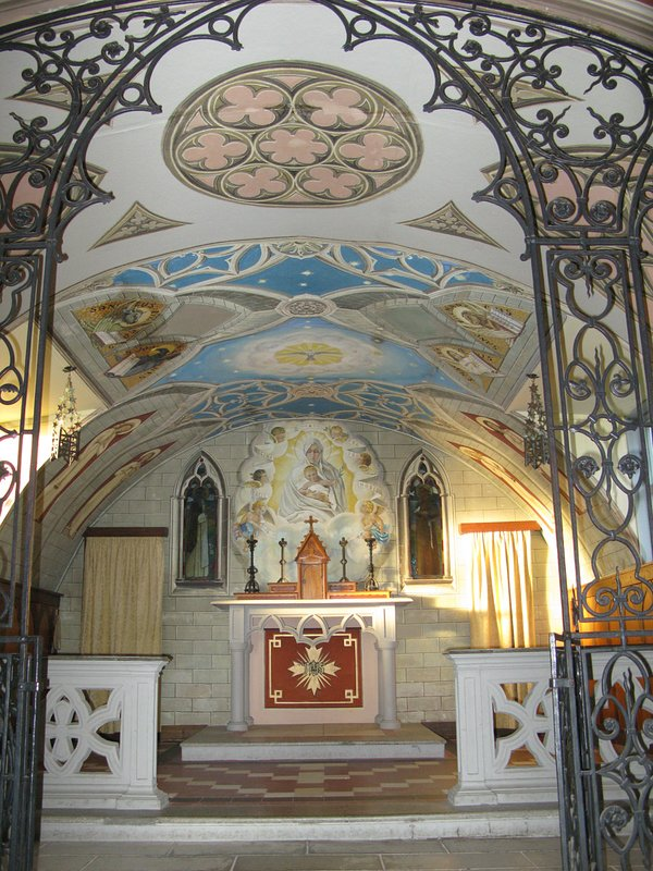 interior impressionante de Italian Chapel