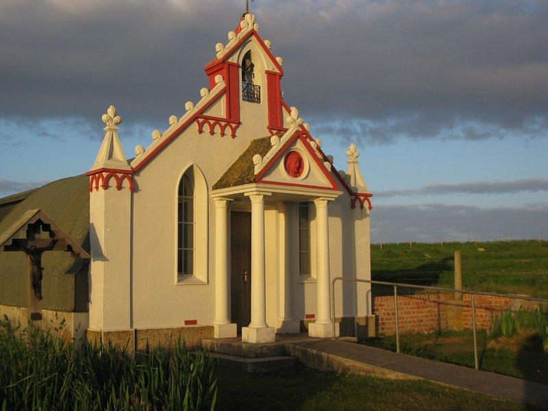Capela italiana do lado de fora. 10 minutos a pé da Navnlos Hus