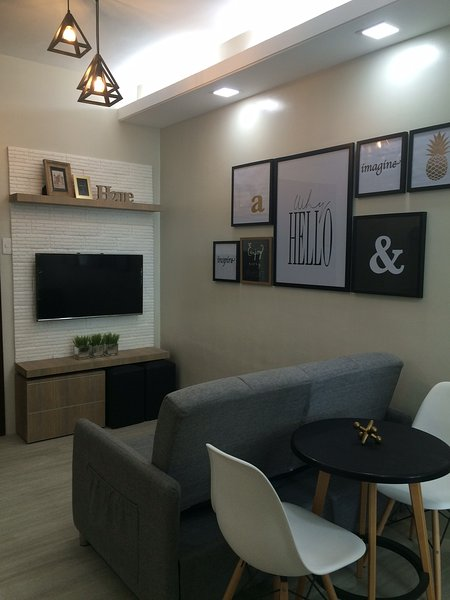 New! 1 bed condo unit in Makati, holiday rental in Makati