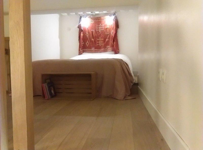 Joli studio à deux pas de la basilique, holiday rental in Lyon