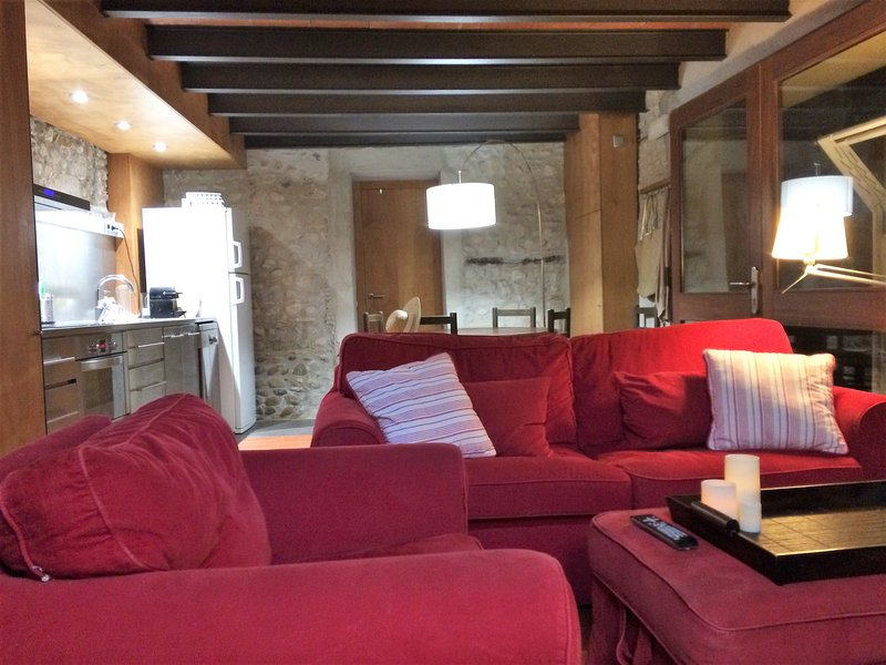 LOFT AL COR DE L'EMPORDÀ, PROPER A LES PLATGES DE LA COSTA BRAVA (HUTG-025663), aluguéis de temporada em Sant Mori