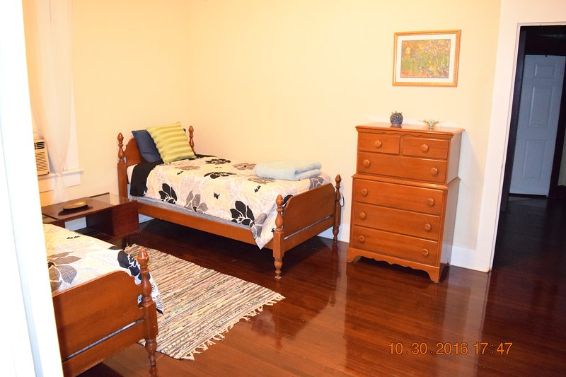 Twin beds - upstairs