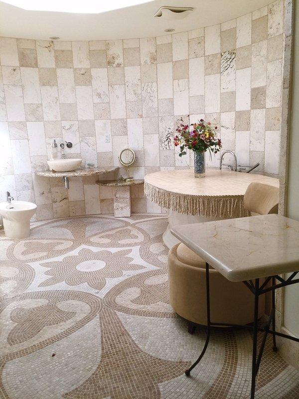 Italy ancient stone bath circle room