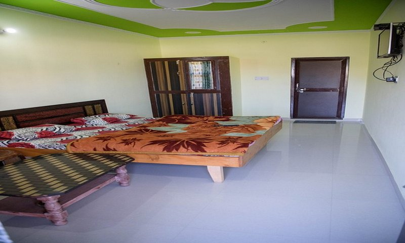 Spotless Comfortable Room at Kempty Range, holiday rental in Mussoorie