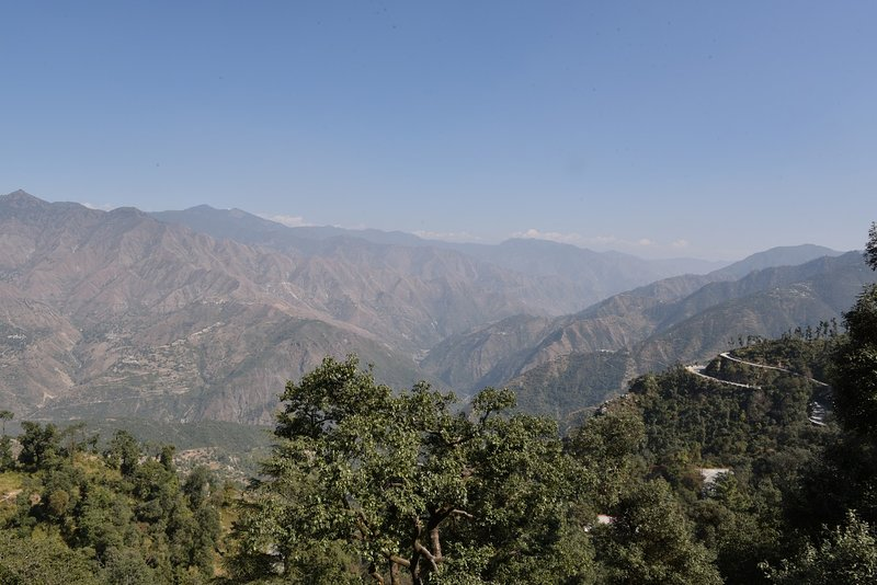 Spacious Cottage near Hathipaon Park Estate, holiday rental in Mussoorie