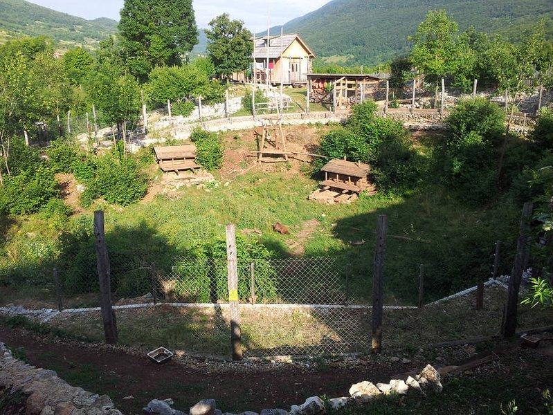 Kuterevo porte sanctuaire - unique dans le monde. Worth conduite ...
