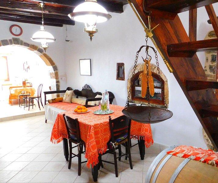 Olive Valley House, Limnes Village, casa vacanza a Agios Nikolaos