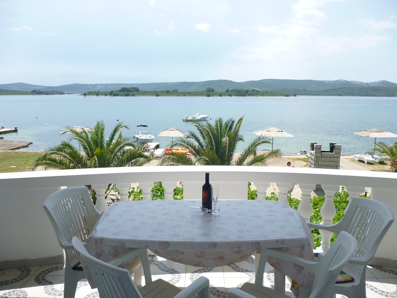 Euroholiday apartments Zadar, Biograd, holiday rental in Turanj
