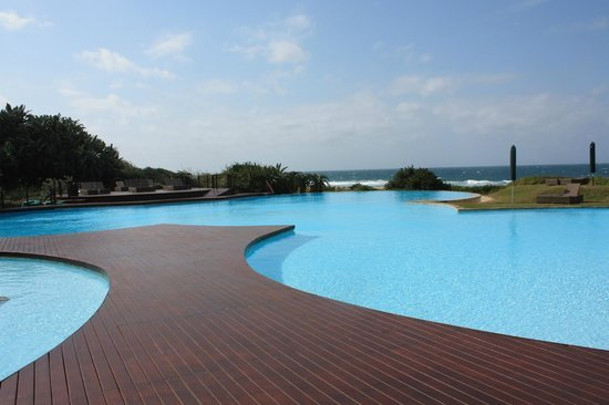 Zimbali Suite 114, Luxurious self catering unit by the beach, alquiler de vacaciones en Ballito